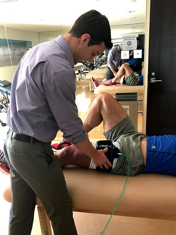 At USA Sports Therapy we offer Hyperbaric Chamber therapy, better and faster treatment for muscle fatigue. Want to know more? Contact our Aventura location at 786.320.7705.